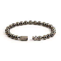Pirata Silver Skull Bracelet with Ruthenium Black Finish